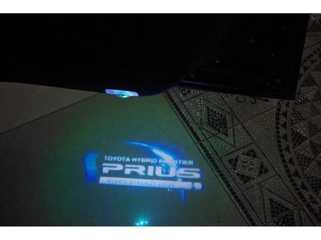 S 社外18インチアルミホイール 革調シートカバー デアイサー サンルーフ 社外ツインマフラー アルパイン9型ナビ 社外スピーカー プリクラッシュセーフティー LEDヘッドライト LEDルームランプ(34枚目)