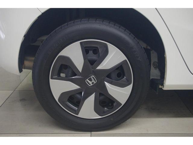 Fパッケージ 4WD メモリーナビ バックカメラ Bluetoothオーディオ ETC オートミラー デアイサー(11枚目)