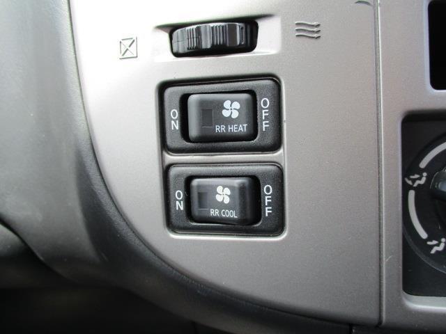 車椅子移動車 4WD 10人乗 オートステップ リアヒーター(7枚目)