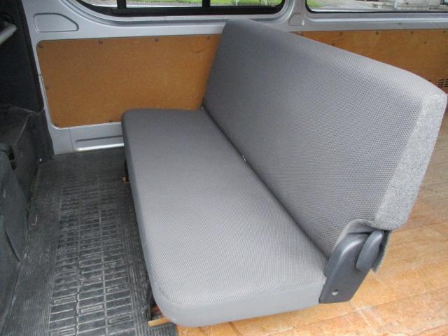 トヨタ ハイエースバン ロングDX 3/6人 4ドア 4WD AT メモリーナビ