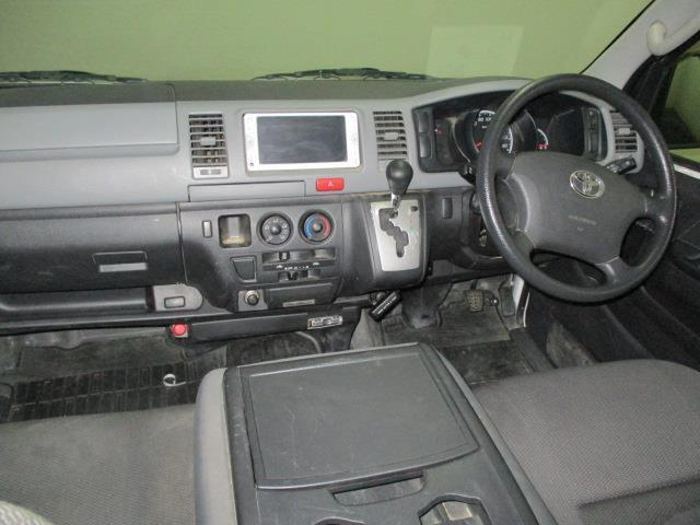 トヨタ ハイエースバン ロングDX 3/6/9人 4ドア 4WD AT メモリーナビ