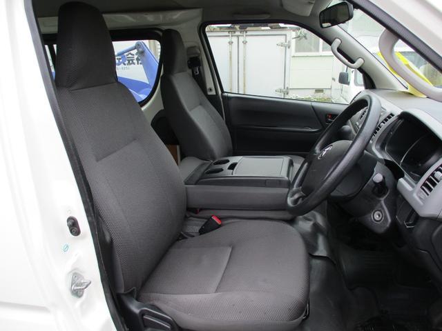 ロングDX 4WD 3/6人 5ドア AT メモリーナビ(16枚目)