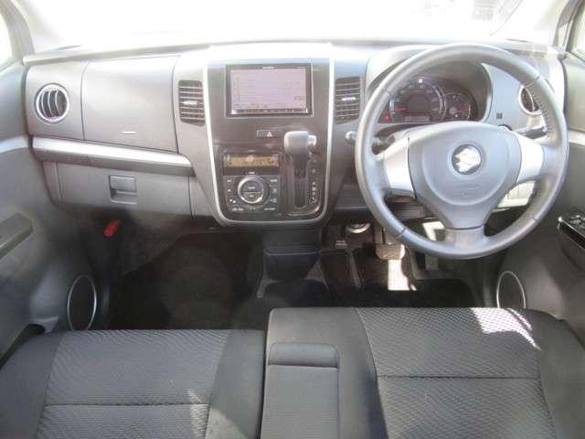 運転席&助手席エアバック付き!今では常識的な安全装置です!