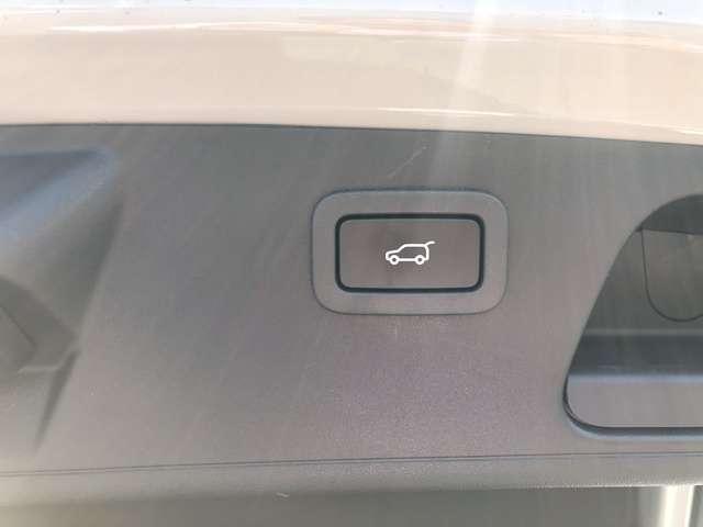 「ジャガー」「ジャガー Eペース」「SUV・クロカン」「北海道」の中古車19