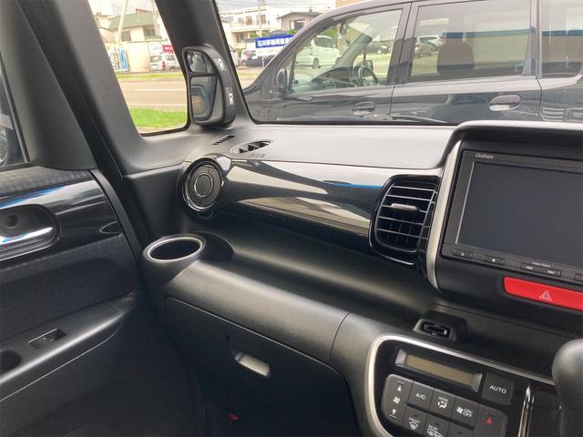 G SSパッケージ 4WD 横滑り防止 バックカメラ ETC HID 両側PSD(8枚目)