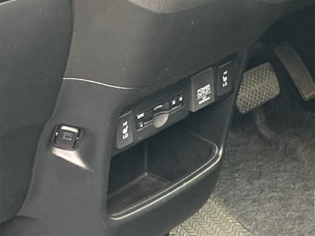 G SSパッケージ 4WD 横滑り防止 バックカメラ ETC HID 両側PSD(11枚目)