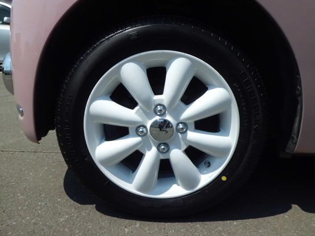 新品ホワイトアルミホイール&新品タイヤで可愛く決まっています!