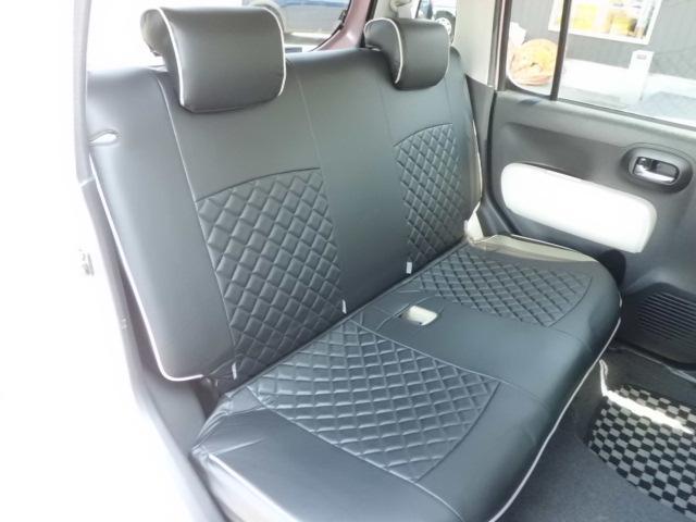 綺麗な車室内!ルームクリーニング済みです!ココア専用純正革調シートカバーが装着されています!