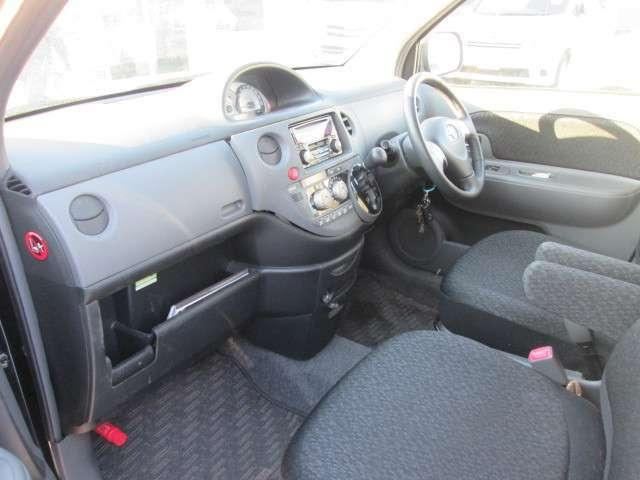 トヨタ シエンタ DICE-G  4WD 左パワースライド キーレス