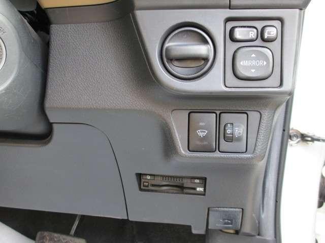 トヨタ カローラアクシオ 1.5X 4WD ナビ TV キーレス ETC