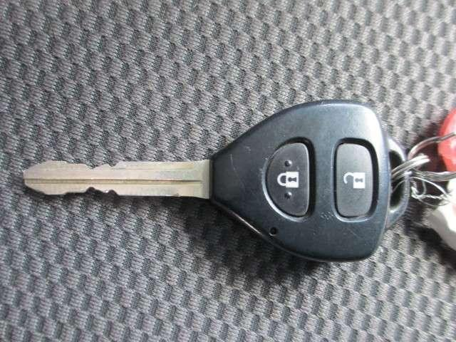 トヨタ ハイエースバン 3.0 ロングDX ディーゼルターボ 4WD ナビ