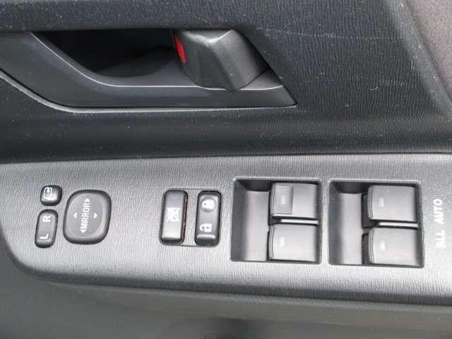 トヨタ ノア X スマートエディション 4WD両側電動スライドドア ABS