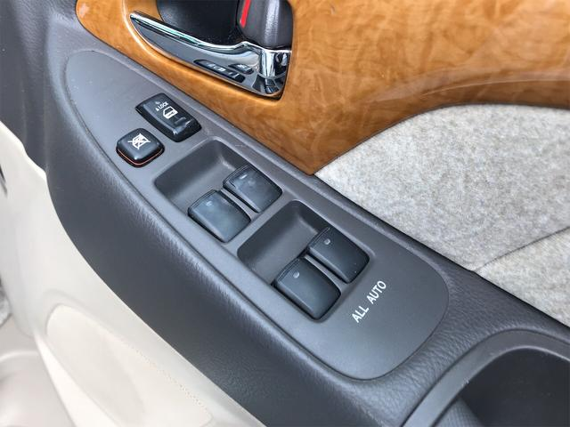 MZ Gエディション 4WD 後席モニタ 両側スライドドア(12枚目)