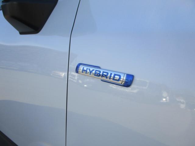 減速エネルギーを利用して発電し、加速時はモーターで力強くエンジンをアシストするマイルドハイブリッド^^