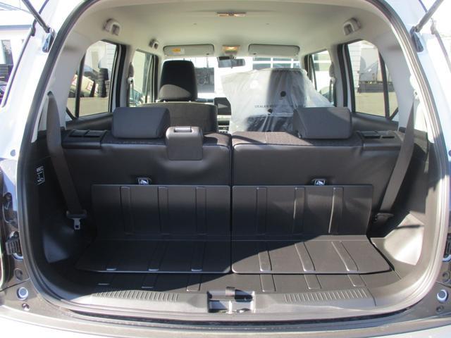 防汚タイプラゲッジシート。・汚れを拭き取りやすい素材を使用^^