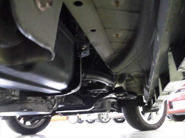 E 4WD ターボ フルセグTV ABS スマートキー(3枚目)