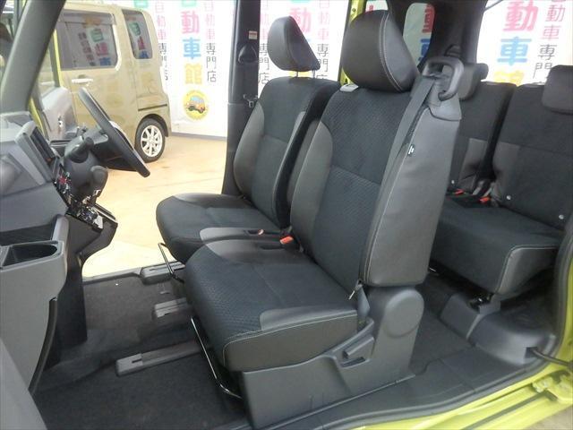カスタムX 届出済未使用車 ABS 衝突軽減ブレーキ 4WD 両側パワースライドドア アイドリングSTOP スマートキー(10枚目)