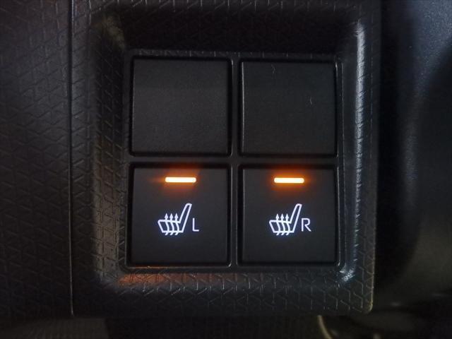 カスタムX 届出済未使用車 ABS 衝突軽減ブレーキ 4WD 両側パワースライドドア アイドリングSTOP スマートキー(18枚目)