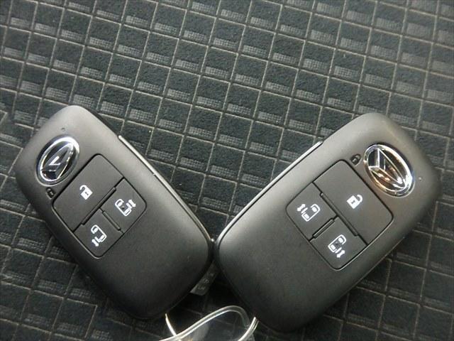 カスタムX 届出済未使用車 ABS 衝突軽減ブレーキ 4WD 両側パワースライドドア アイドリングSTOP スマートキー(19枚目)