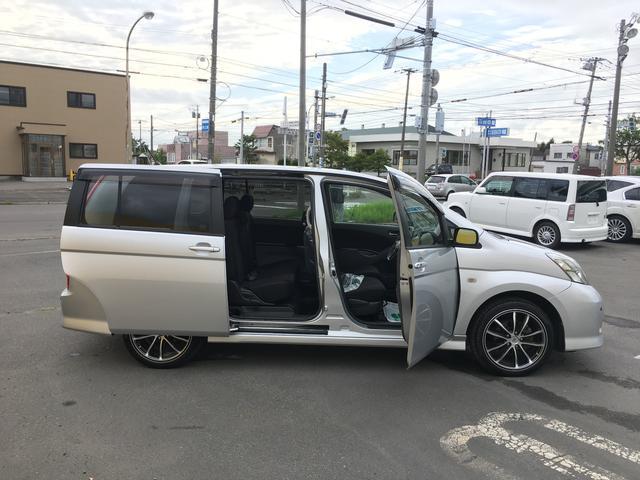 トヨタ アイシス プラタナ 4WD 左パワースライド ナビ ETC 社外18W