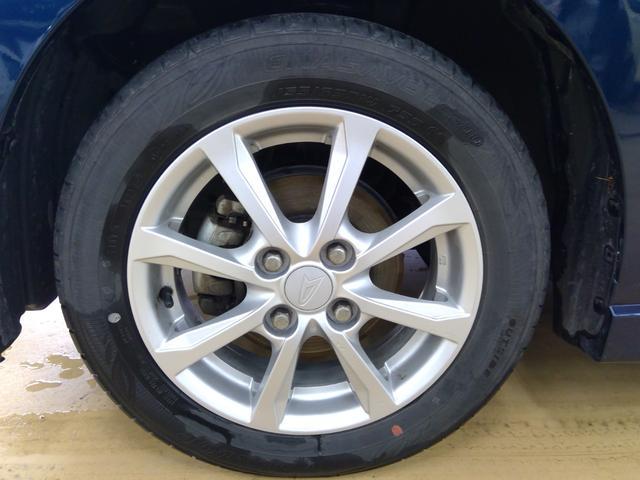 カスタム X 4WD LEDヘッドライト オートライト スマートキー プッシュスタート オーディオレス 運転席シートヒーター ベンチシート オートエアコン 純正アルミホイール アイドリングストップ(29枚目)