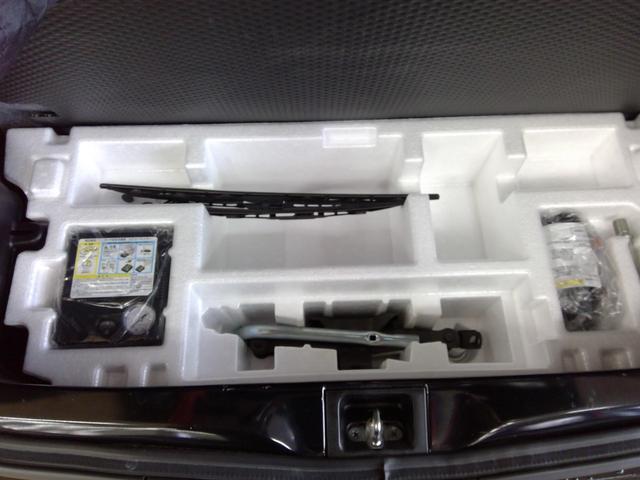 L 4WD アイドリングストップ キーレスエントリー エンジンスターター 運転席・助手席シートヒーター 夏冬タイヤ(14枚目)