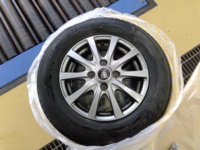 L 4WD アイドリングストップ キーレスエントリー エンジンスターター 運転席・助手席シートヒーター 夏冬タイヤ(26枚目)