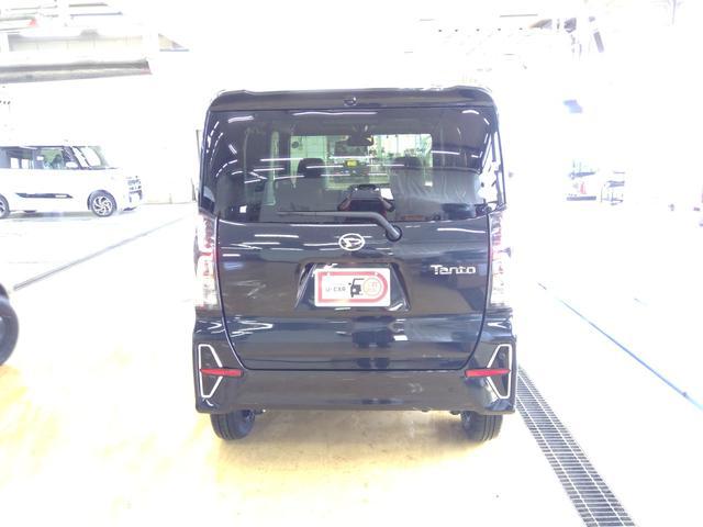 カスタムXセレクション 4WD スマートアシスト 両側パワースライドドア スマートキー LEDヘッドライト LEDフォグランプ オートライト オーディオレス オートエアコン 後席テーブル 運転席・助手席シートヒーター(3枚目)