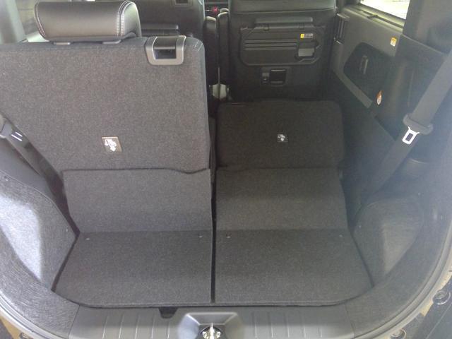 カスタムXセレクション 4WD スマートアシスト 両側パワースライドドア スマートキー LEDヘッドライト LEDフォグランプ オートライト オーディオレス オートエアコン 後席テーブル 運転席・助手席シートヒーター(14枚目)