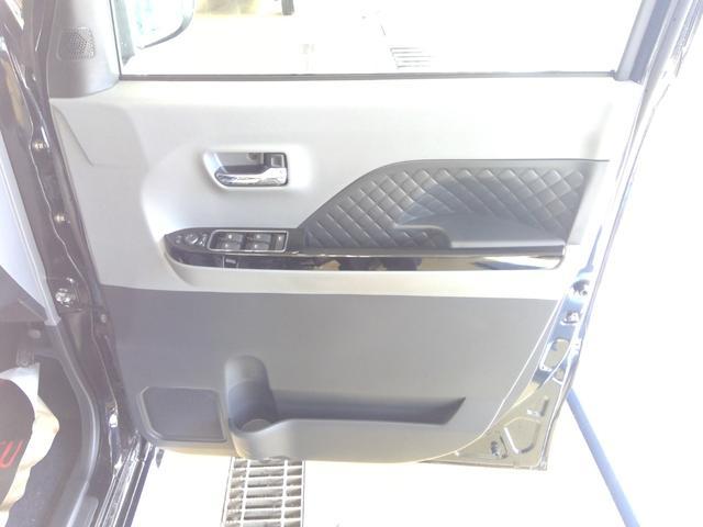 カスタムXセレクション 4WD スマートアシスト 両側パワースライドドア スマートキー LEDヘッドライト LEDフォグランプ オートライト オーディオレス オートエアコン 後席テーブル 運転席・助手席シートヒーター(28枚目)