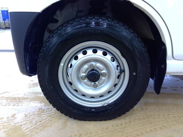 デラックスSAIII スマートアシスト パートタイム4WD 4速オートマチック LEDヘッドライト キーレスエントリー アイドリングストップ VSC(横滑り抑制機能) オートハイビーム 夏冬タイヤ(21枚目)