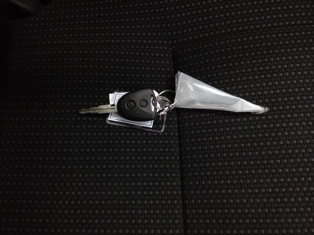 デラックスSAIII スマートアシスト パートタイム4WD 4速オートマチック LEDヘッドライト キーレスエントリー アイドリングストップ VSC(横滑り抑制機能) オートハイビーム 夏冬タイヤ(24枚目)