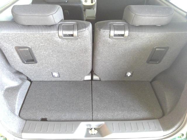 XリミテッドII SAIII 4WD スマートアシスト アイドリングストップ VSC(横滑り抑制機能) オーディオレス プッシュスタート オートエアコン オートライト 運転席シートヒーター アルミホイール(13枚目)