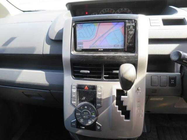 トヨタ ヴォクシー トランス-X 4WD ナビTV