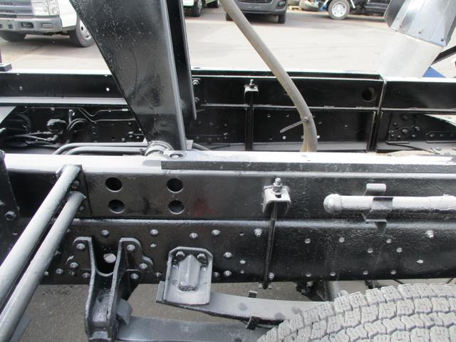 「その他」「ファイター」「トラック」「北海道」の中古車13