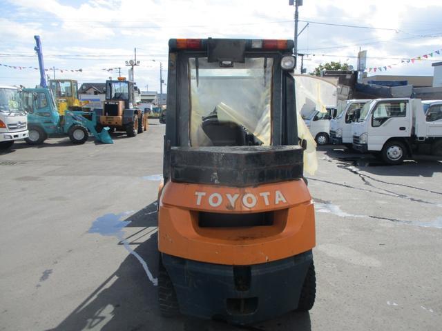 「トヨタ」「トヨタ」「その他」「北海道」の中古車3
