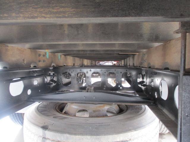 4トン 4段クレーン ラジコン フックイン 2.93トン吊り 4トン ユニック 4段クレーン ラジコン 積載2600k メッキバンパー コーナー ミラーカバー 荷台内寸 長さ5420 幅2160(20枚目)