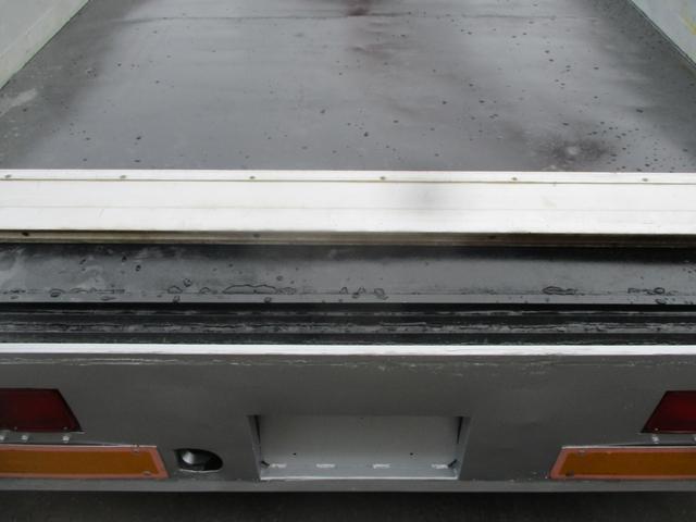 増トン 4段クレーン ラジコン ワイド セルフ アルミボディ 荷台ワイド ロングジャッキ ラジコン セルフ アルミボディ ベッド付き 電動張り出しアウトリガー フックイン 荷台内寸 長さ5420 幅2320(7枚目)