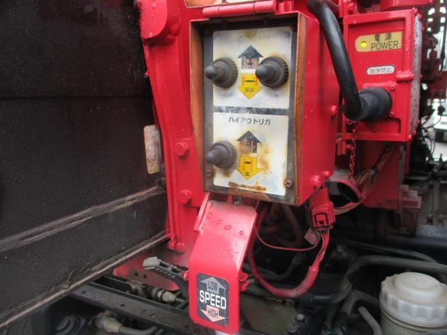増トン 4段クレーン ラジコン ワイド セルフ アルミボディ 荷台ワイド ロングジャッキ ラジコン セルフ アルミボディ ベッド付き 電動張り出しアウトリガー フックイン 荷台内寸 長さ5420 幅2320(9枚目)