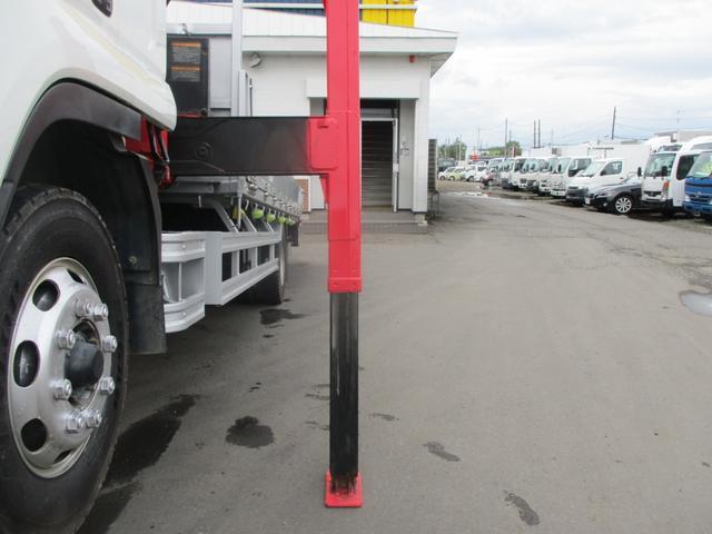 増トン 4段クレーン ラジコン ワイド セルフ アルミボディ 荷台ワイド ロングジャッキ ラジコン セルフ アルミボディ ベッド付き 電動張り出しアウトリガー フックイン 荷台内寸 長さ5420 幅2320(11枚目)