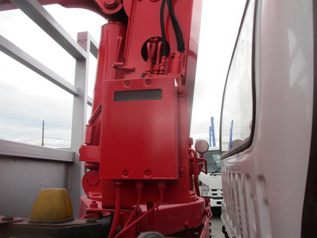 増トン 4段クレーン ラジコン ワイド セルフ アルミボディ 荷台ワイド ロングジャッキ ラジコン セルフ アルミボディ ベッド付き 電動張り出しアウトリガー フックイン 荷台内寸 長さ5420 幅2320(13枚目)