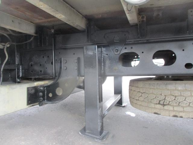 増トン 4段クレーン ラジコン ワイド セルフ アルミボディ 荷台ワイド ロングジャッキ ラジコン セルフ アルミボディ ベッド付き 電動張り出しアウトリガー フックイン 荷台内寸 長さ5420 幅2320(19枚目)