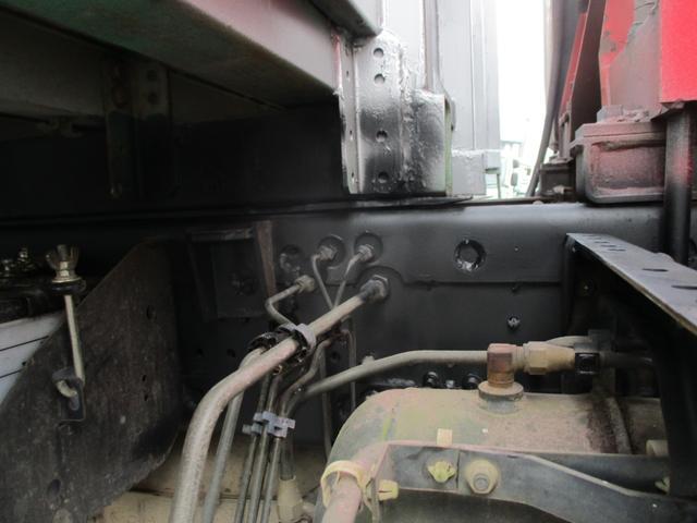 増トン 4段クレーン ラジコン ワイド セルフ アルミボディ 荷台ワイド ロングジャッキ ラジコン セルフ アルミボディ ベッド付き 電動張り出しアウトリガー フックイン 荷台内寸 長さ5420 幅2320(23枚目)