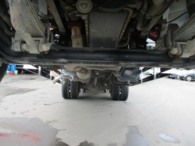 増トン 4段クレーン ラジコン ワイド セルフ アルミボディ 荷台ワイド ロングジャッキ ラジコン セルフ アルミボディ ベッド付き 電動張り出しアウトリガー フックイン 荷台内寸 長さ5420 幅2320(24枚目)