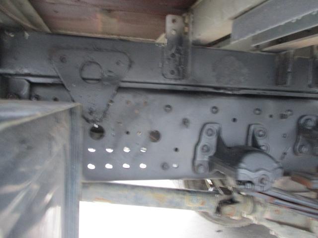 増トン 4段クレーン ラジコン ワイド セルフ アルミボディ 荷台ワイド ロングジャッキ ラジコン セルフ アルミボディ ベッド付き 電動張り出しアウトリガー フックイン 荷台内寸 長さ5420 幅2320(27枚目)