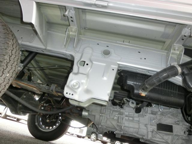 KCスペシャル4WD レーダーブレーキ MT ABS 禁煙車(4枚目)