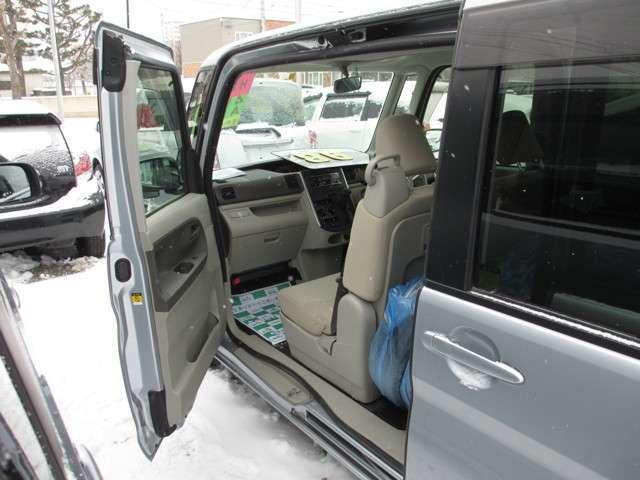 L 4WD キーレス 両側スライドドア 純正CD 寒冷地仕様(7枚目)