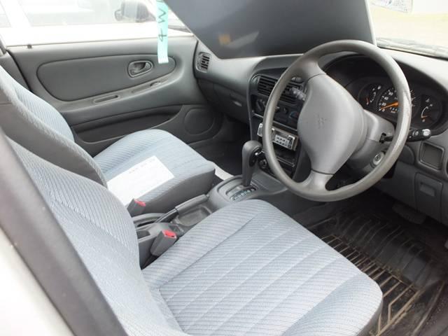 三菱 リベロカーゴバン E 4WD