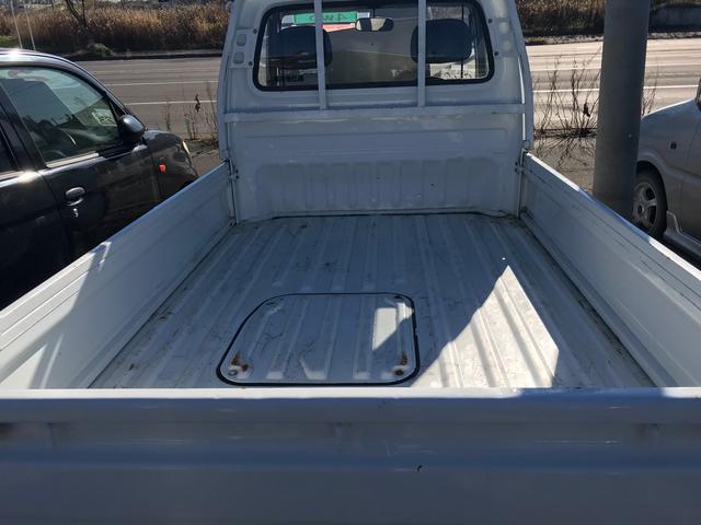 4WD 5MT 軽トラック ホワイト(5枚目)