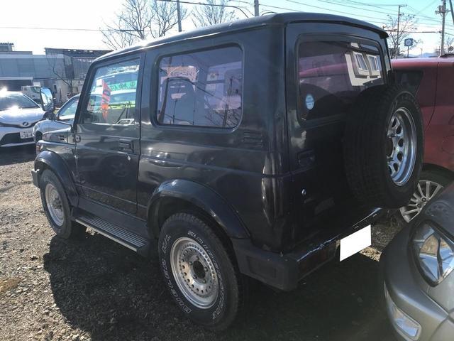 ベースグレード 4WD 4名乗り SUV ブラック(4枚目)
